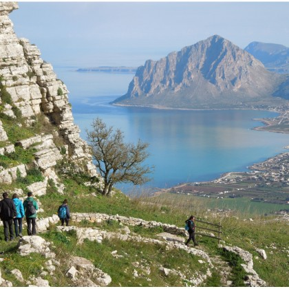 From Erice to Custonaci following the traces of an ancient pilgrimage.