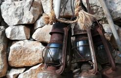 Gli antichi mestieri rivivono nell'affascinante grotta Mangiapane a Custonaci