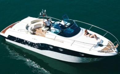 Escursione giornaliera in Yacht