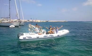 Nautica Platyy noleggio barche e gommoni