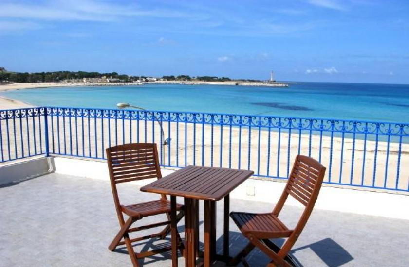 Hotel egitarso sul mare san vito lo capo sanvitoweb for Hotel barcellona sul mare