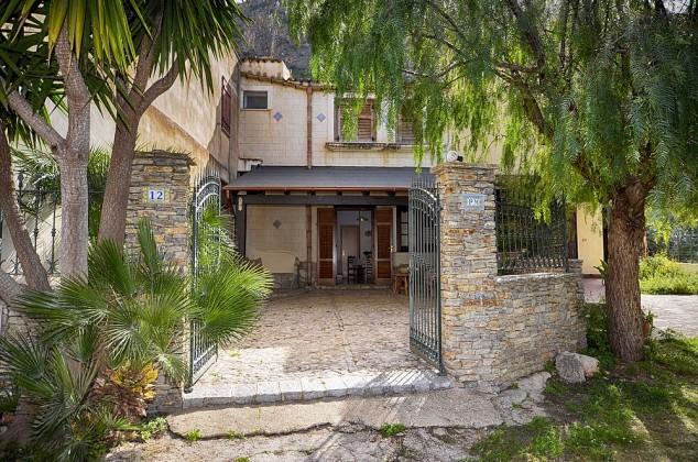 Casa Aragon