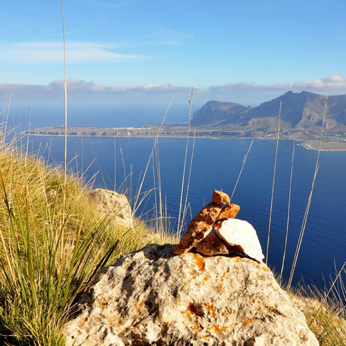 Escursione per la cima di Monte Cofano